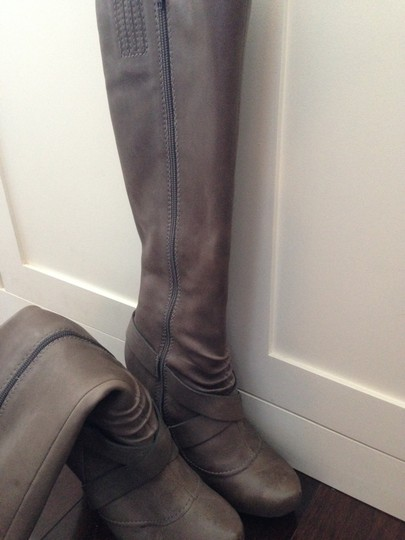 Seychelles Knee High Buckle Strap Sexy Platform High Heel Leather Gray Boots