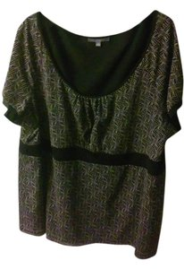 New York & Company Top Black with tan line design throughout