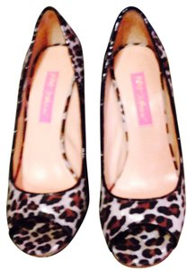 Betsey Johnson Worn Once Leopard Pumps