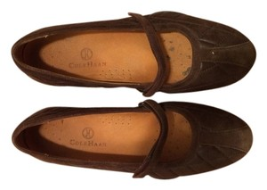 Cole Haan Air Brown Flats