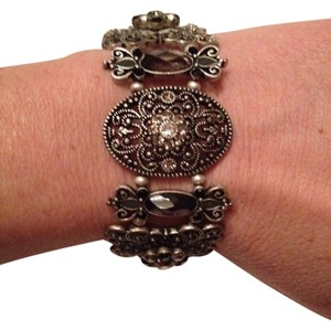 0 Degrees Gorgeous Vintage Stone Bracelet