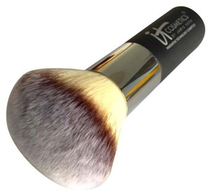 IT Cosmetics Heavenly Luxe Bronzing Brush