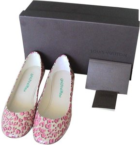 Louis Vuitton Patent Leather Ballet Flat Creme Flats
