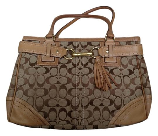 Preload https://img-static.tradesy.com/item/9406009/coach-signature-canvas-with-leather-straps-satchel-0-3-540-540.jpg
