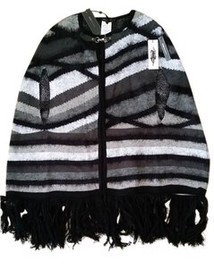 BCBG Paris BCBG Wrap/Cape
