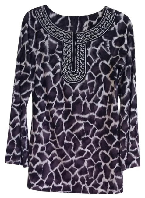 Preload https://item5.tradesy.com/images/inc-international-concepts-tunic-black-and-white-940674-0-0.jpg?width=400&height=650