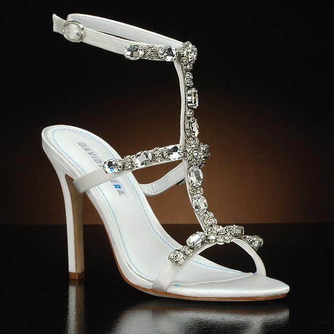 Item - White Sparkly Formal Size US 7.5