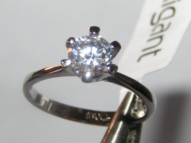 Item - Silver 1/2ct White Zircon Classic Engagement Ring Free Shipping Women's Wedding Band