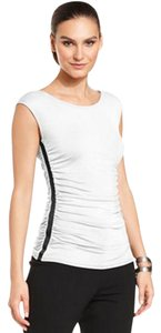 New York & Company Ruching At Sides Fitted Silhouette Rayon/spandex Scoop Neckline Cap Sleeve Top White