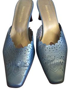 Enzo Angiolini Shimmery silvery blue. Pumps