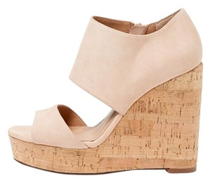 Ava & Aiden Light Peach Wedges