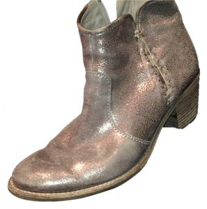 Paul Green Distressed gold Boots
