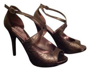 Carlos by Carlos Santana Metallic gun metal Sandals
