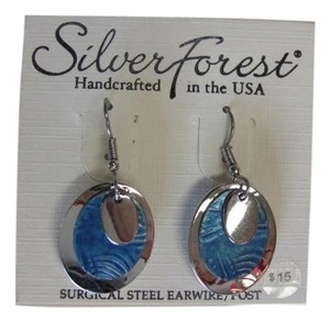 Silver Forest NEW WITH TAGS, 3 CHARMS LAYERED