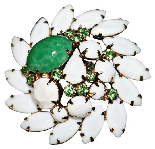 Preload https://item4.tradesy.com/images/macy-s-beautiful-white-and-green-brooch-941893-0-0.jpg?width=440&height=440