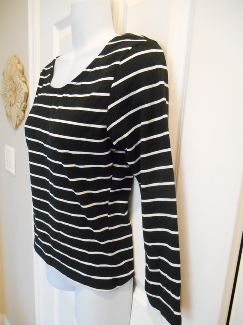 Divided by H&M Scoop Scoop Striped & Office Casual Basic Medium 8 10 Med Stretch T Shirt Black and White