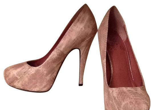 Vince Camuto Fawn Combo Pumps