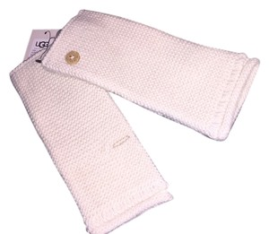 UGG Australia Ugg ~ Bailey Button Cream Fingerless Gloves / Mittens NWT