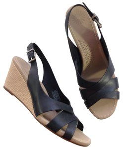 UGG Australia Leather Black Sandals