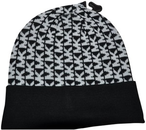Michael Kors NWT MICHAEL KORS MK SIGNATURE BEANIE WINTER HAT BLACK WHITE ONE SIZE