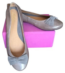 lillybee Leather Tan Camel Suede Bow Gray/Tan Flats