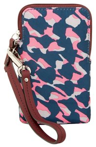 Fossil Leather Fuchsia Wristlet in Pink Cheetah