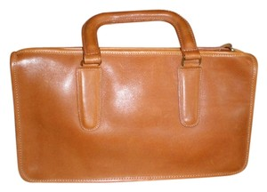 Coach TOFFEE BROWN Clutch