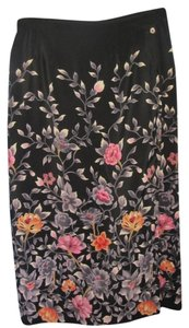 Halston Skirt black with floral print