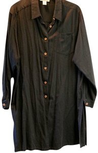 Silhouettes Linen Wooden Buttons Top Black