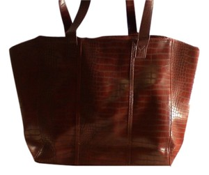 Neiman Marcus Tote in Burgundy