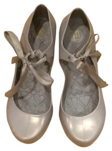 Melissa Pearlescent gray/silver Pumps