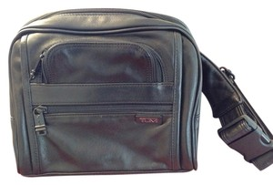 Tumi Tumi Leather Fanny Pack In Excellent Condition!