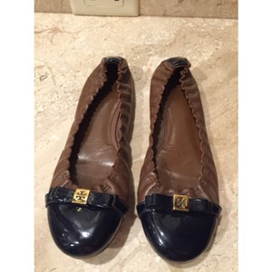 Tory Burch Brown and navy Flats
