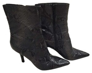 Nine West Mid Calf Snake Skin Print Size 8 Black Boots