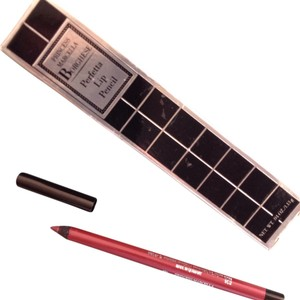 Borghese 2 Borghese Products - Eye Shadow + Lip Pencil