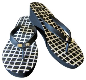 19945d61acf255 Coach Bow Flip Flops Pool Ocean Stylish Wedge Black and White Sandals