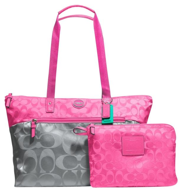 Item - Nwt**coach Signature Colorblock Packable Weekender Style: 77560 Gray/Pink Hot Pink/Gray Nylon Tote