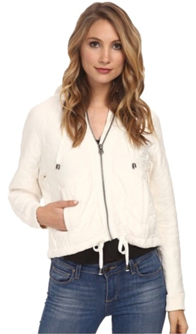 Preload https://img-static.tradesy.com/item/9450589/free-people-white-quilted-knit-coat-size-6-s-0-1-650-650.jpg