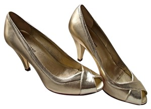 Arturo Chiang Gold Peep Toe Pump Heels Golden Pumps