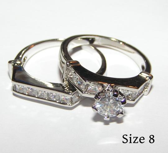 Preload https://item4.tradesy.com/images/unknown-unparalled-white-topaz-wedding-set-free-shipping-945333-0-0.jpg?width=440&height=440