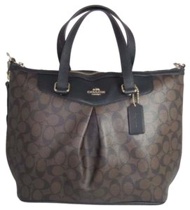 Coach Signature New With Tags Tote in Black/Brown