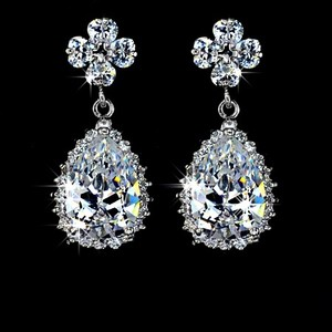 Bridal Earrings Cubic Zirconia Teardrop Earrings Sparkly White Crystal Dangle Earrings Bridal Bridesmaid Gift