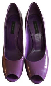 Marc Jacobs Purple Pumps
