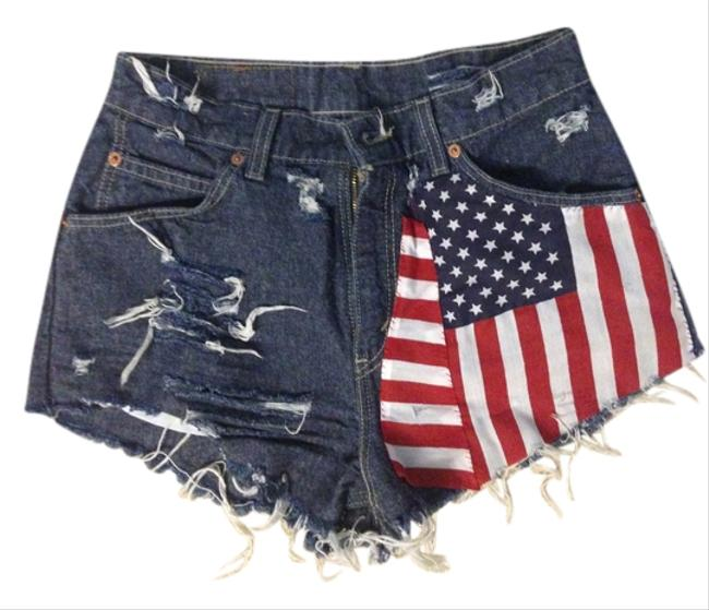 Preload https://img-static.tradesy.com/item/945932/levi-s-vintage-levis-american-flag-mini-short-shorts-945932-0-0-650-650.jpg