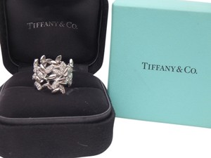 Tiffany & Co. Brand new with box Tiffany & co Paloma Picasso 18k white gold olive leave ring with diamonds size 6
