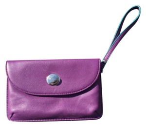 The Limited Wristlet in Purple