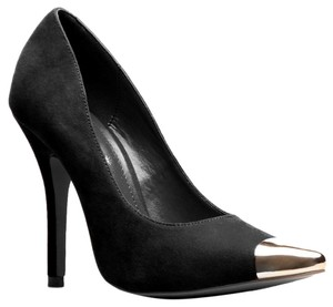 ShoeDazzle Gold High Pointy Black Pumps