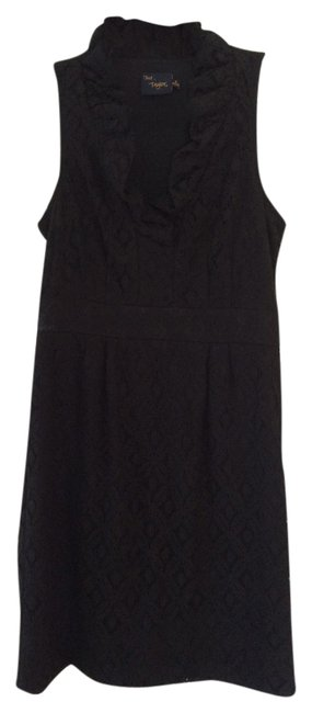 Just Taylor Lace Ruffle V-neck Dress