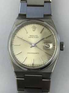 Rolex Vintage 1970s Rolex Stainless Steel OysterQuartz Light Champagne