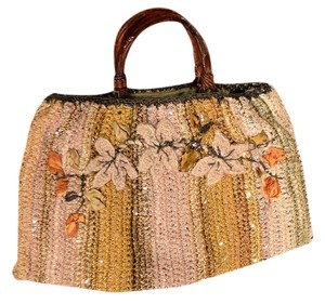 Shelee North Tote in Beige/Gold